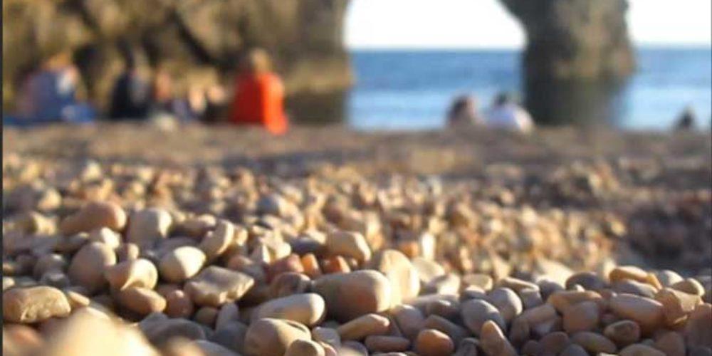 Talmidiem op het strand